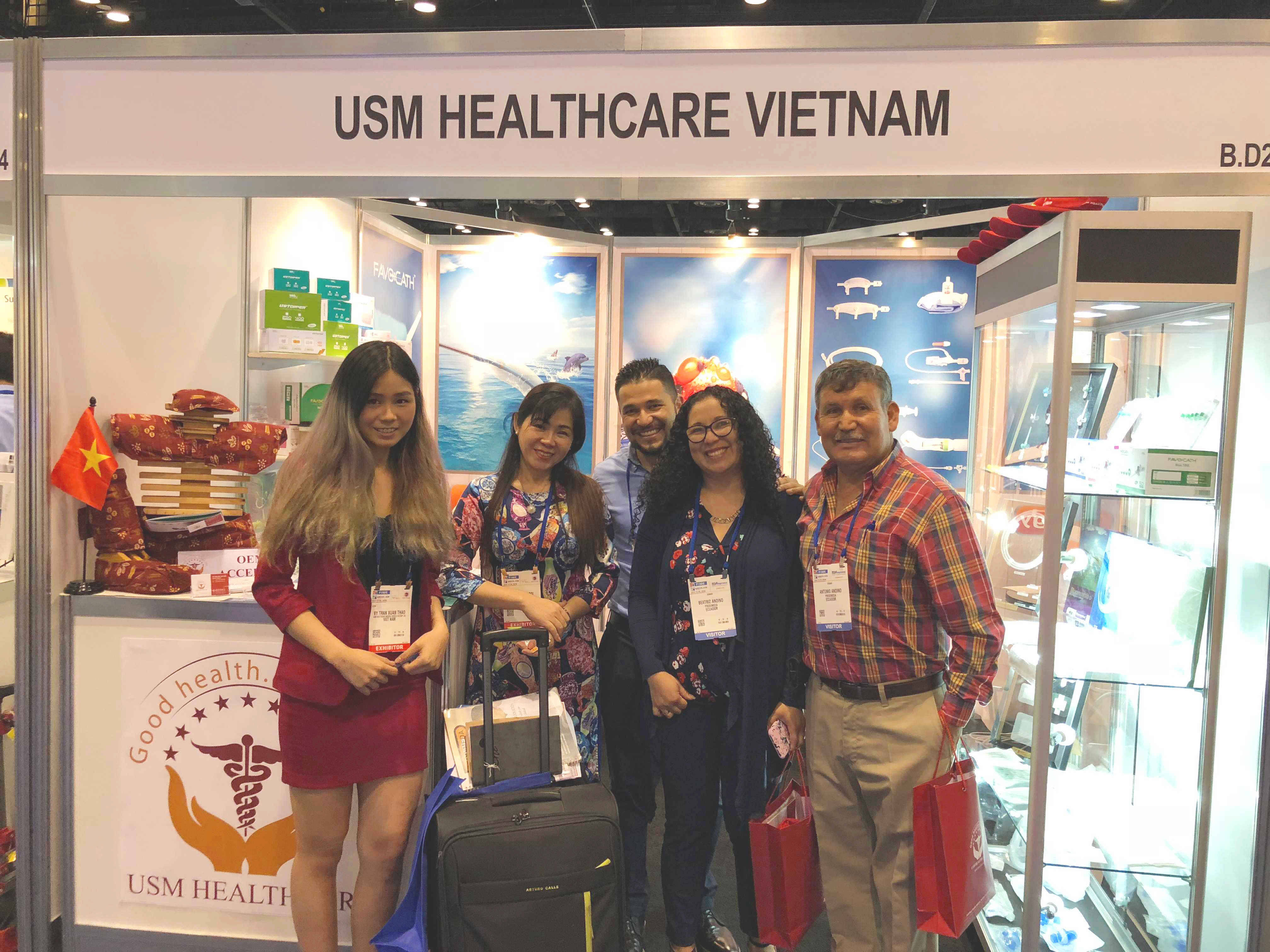 USM Healthcare with visitor